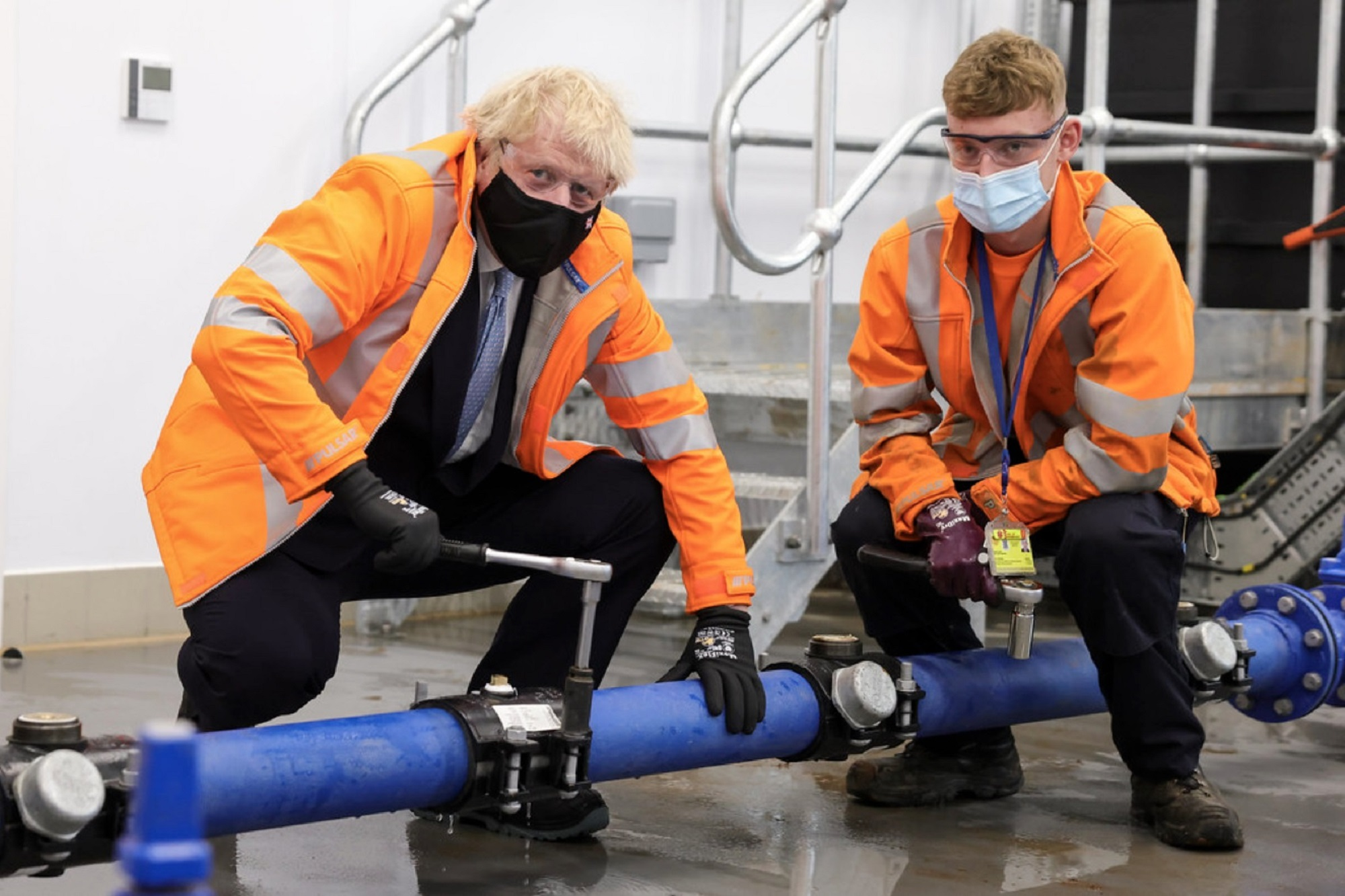 Prime Minister Boris Johnson met apprentices and Kickstart trainees during a tour of the facilities built by modular construction specialist Integra Buildings.